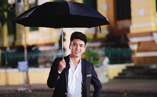 """Hồ Quang Hiếu cực chất với """"Saigon mưa rơi"""""""