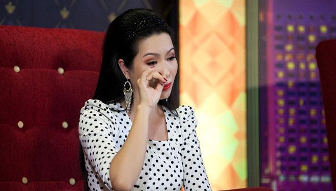 Trịnh Kim Chi rơi nước mắt hạnh phúc khi nhắc đến chồng