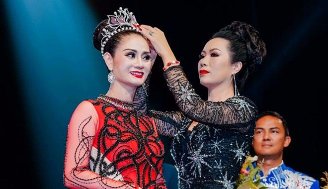Nguyễn Hồng Nhung đoạt ngôi vị Á hậu 1 Thế Giới Doanh Nhân 2018