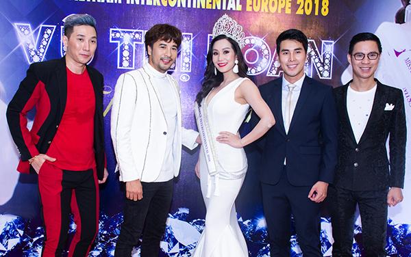 """""""Tứ đại mỹ nam"""" đốn tim phái đẹp tại """"Thank you Party"""" của Hoa hậu Vũ Thị Loan"""