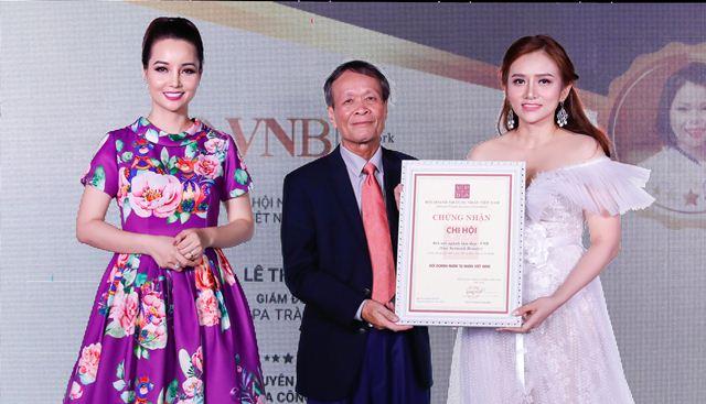"""Ra mắt Chi hội Kết nối ngành làm đẹp Việt Nam VNB và giới thiệu chương trình truyền hình """"Đẹp không giới hạn"""""""