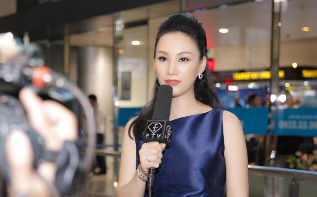 Đón Top 3 Hoa hậu Áo, Paris Vũ được phỏng vấn trên instagram của Fashion TV