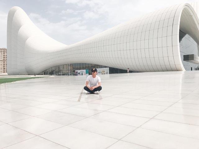 Hồ Quang Hiếu: Azerbaijan đã khiến cho người mê du lịch phải ngã mũ khen ngợi