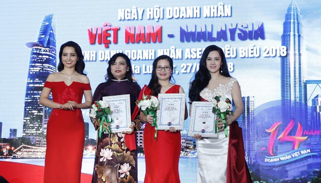 """NSX Mai Thu Huyền tiếp tục tạo tiếng vang khi tổ chức thành công """"Ngày hội doanh nhân"""" tại Malaysia"""