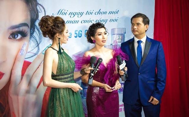 Không chỉ đi hát, Nguyễn Hồng Nhung lấn sân kinh doanh tại Mỹ