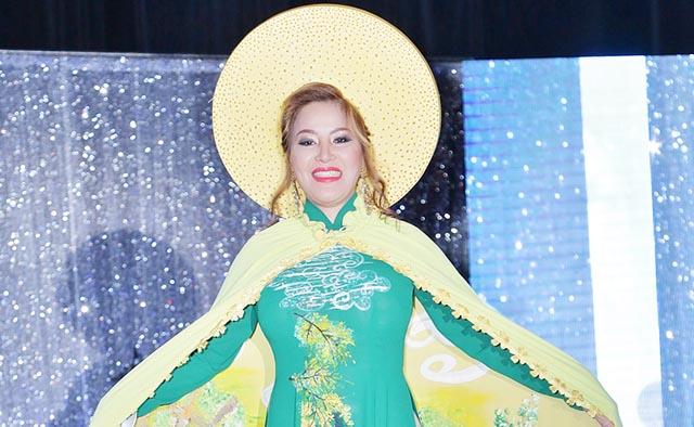 """Ngọc Bảo Trâm đoạt giải Hoa hậu áo dài cuộc thi """"Queen's and King's"""" mùa 2"""