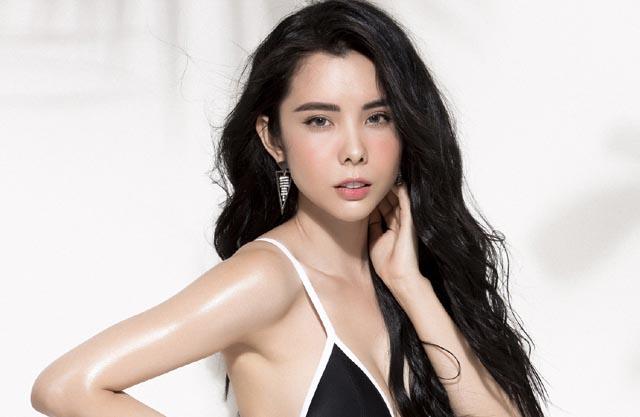 Huỳnh Vy đốt mắt khi diện bikini nóng bỏng