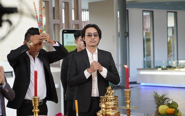 """Mức cát-xê không tưởng của Kiều Minh Tuấn trong """"Vi Cá tiền truyện"""""""