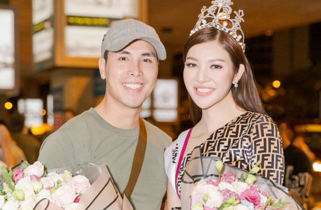 Hoàng Phi Kha ra sân bay đón Hoa hậu Bùi Lý Thiên Hương ngày trở về