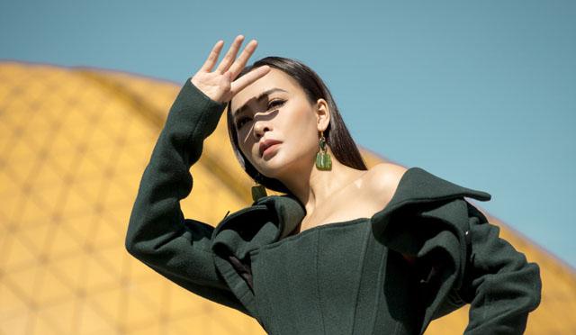 Mỹ Ngọc Bolero chất lừ, đa phong cách dạo phố Đà Lạt khiến fan ngất ngây