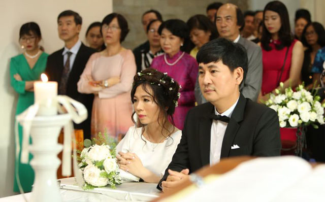 Bất ngờ trước hôn lễ giản dị và ấm áp của đạo diễn Lê Minh