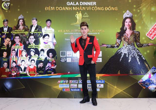 """Nam vương Hoàng Gia Lâm cùng dàn sao tham dự Gala """"Doanh nhân vì cộng đồng"""""""