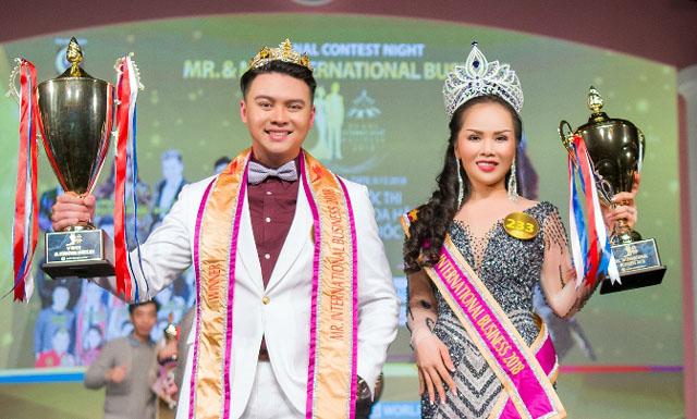 Rừng Sao tham gia đêm Chung kết Hoa hậu và Nam vương Doanh nhân Quốc tế tại Hàn Quốc