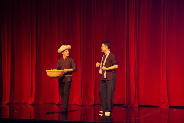 Dinner Show - chương trình phục vụ du lịch của Nhà hát The V Show chính thức ra mắt