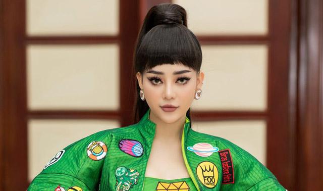 Ngọc Ny The Voice mang váy lấy cảm hứng từ văn hóa Nhật Bản lên thảm đỏ