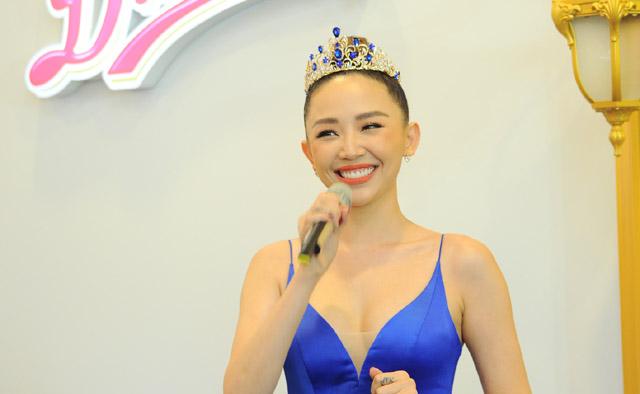 Tóc Tiên hóa thân thành Công chúa Hoàng gia Danisa