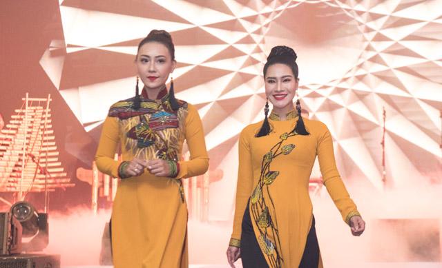 """Một vẻ đẹp Tây Nguyên được thu nhỏ trong """"Hoa của Đất"""" của NTK Việt Hùng"""