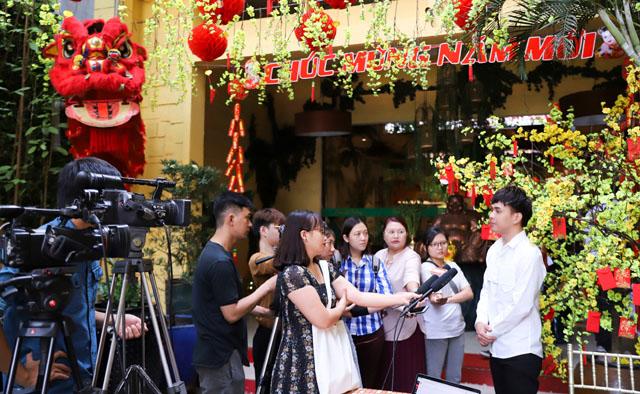 Hồ Quang Hiếu tổ chức tiệc tri ân với nhiều dự án mới của năm 2019