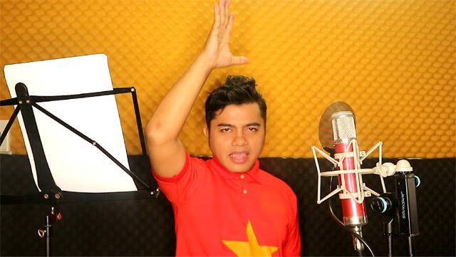 Ca nhạc sĩ Y Jang Tuyn viết chùm ca khúc tặng đội tuyển bóng đá Việt Nam