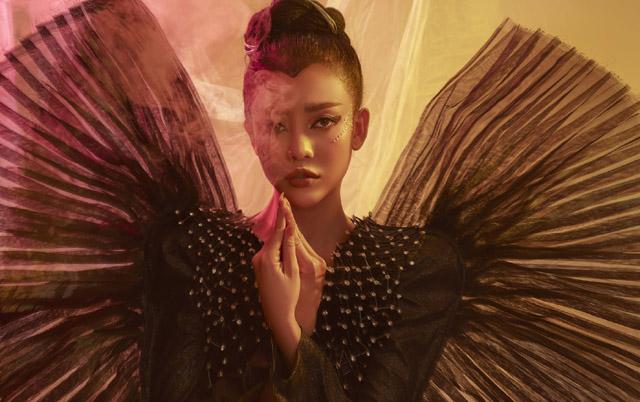 """Ngọc Ny cá tính chào xuân với thiết kết cảm hứng """"cánh bướm xuân"""""""