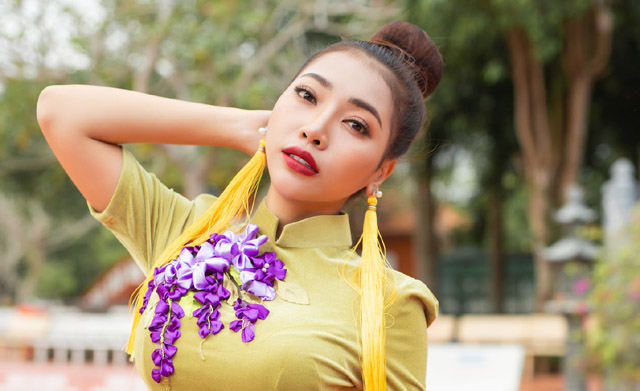 Hoa hậu nhân ái - diễn viên Linh Huỳnh rạng ngời trong bộ ảnh mới
