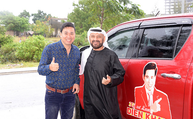 Michael Lang đón tiếp doanh nhân Dubai Sami Mohamed