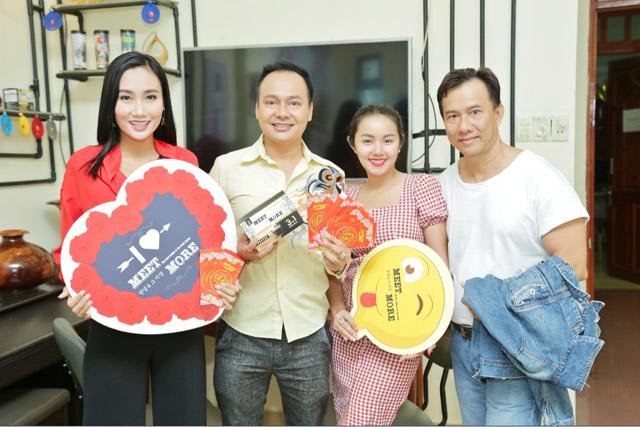 Diễn viên Trường Thịnh tưng bừng khai trương trà sữa Meet & More đầu năm mới