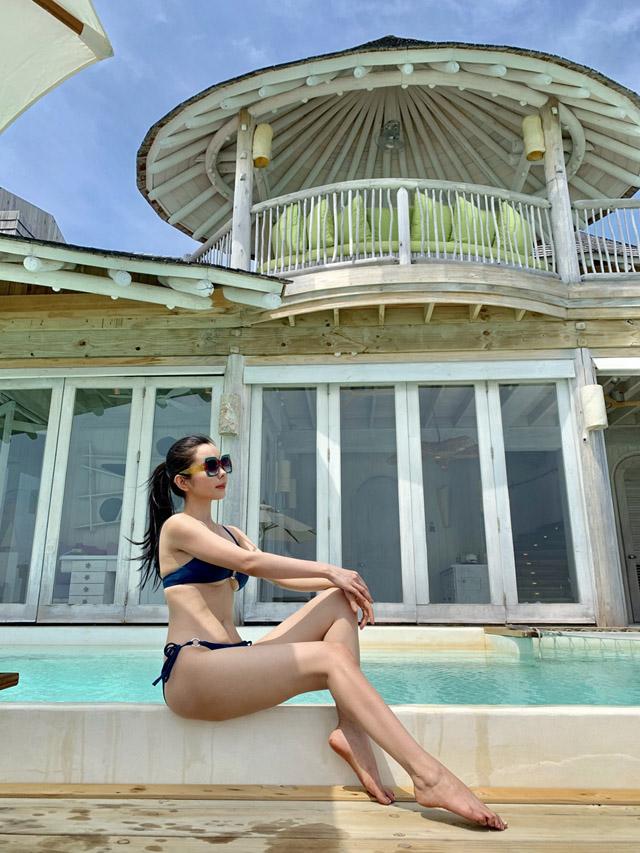 Hoa hậu Huỳnh Vy khoe 3 vòng nóng bỏng tại đảo quốc xinh đẹp Maldives 12