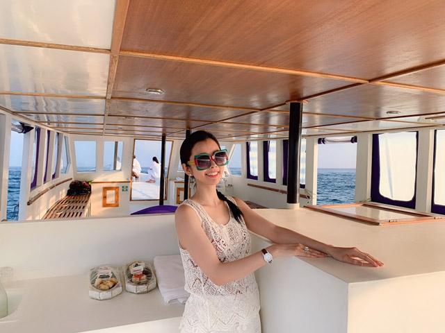 Hoa hậu Huỳnh Vy khoe 3 vòng nóng bỏng tại đảo quốc xinh đẹp Maldives 1