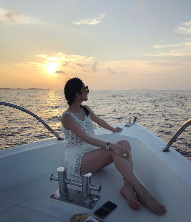 Hoa hậu Huỳnh Vy khoe 3 vòng nóng bỏng tại đảo quốc xinh đẹp Maldives 8