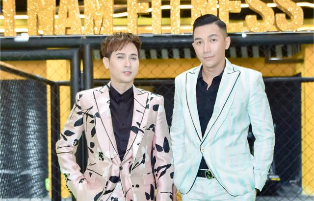 """Nguyên Vũ, Quang Phong lịch lãm ngồi ghế nóng """"Vietnam Fitness Model 2019"""" – khu vực Miền Trung"""