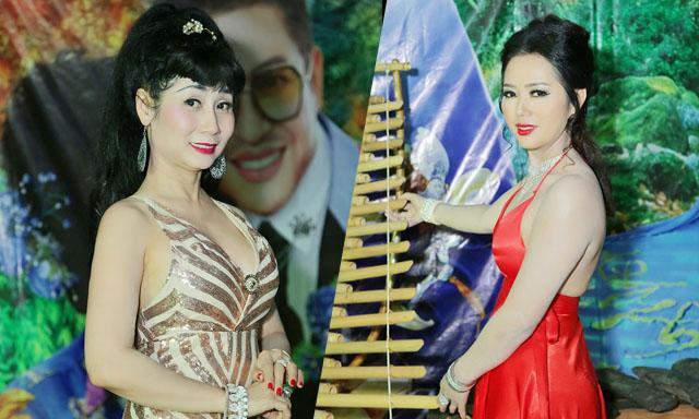 Nghệ sĩ Uyên Thảo nổi bật trong phần trình diễn áo dài cùng Nữ hoàng Helen Thúy Lê