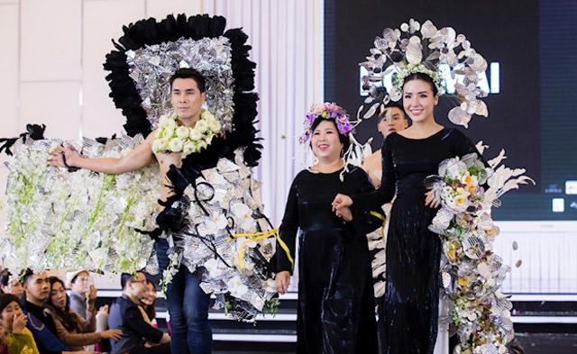 Á Vương Hoàng Phi Kha khoe body trong show diễn Triển lãm hoa quốc tế