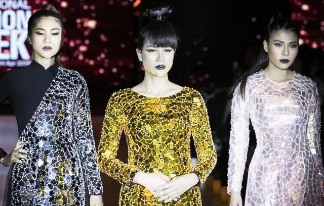 """Minh Châu """"hóa Rồng"""" trên sân khấu Tuần lễ thời trang Việt Nam"""