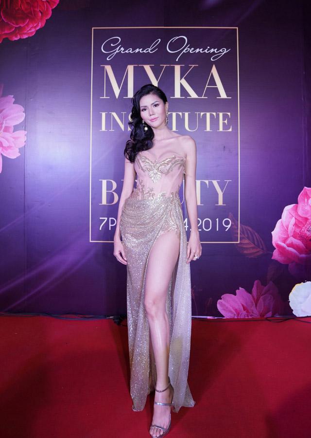 Hoa hậu Châu Á Việt Nam - Kim Nguyên bất ngờ trở lại showbiz