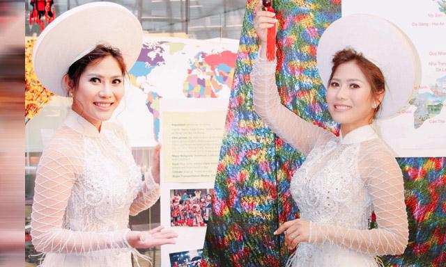 Hoa hậu Thanh Vy rạng rỡ trong vai trò là đại sứ Văn hóa Quốc tế