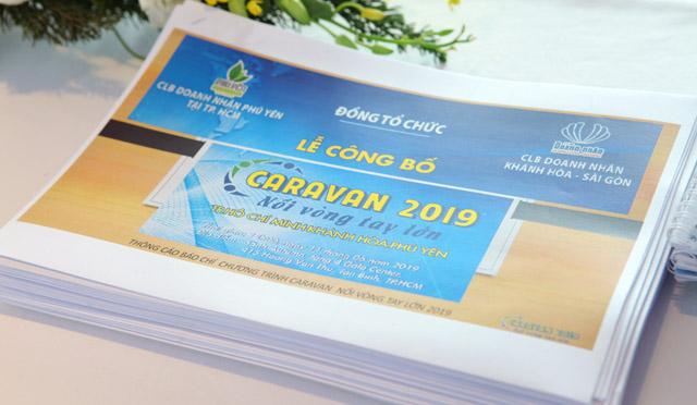 Caravan Khánh Hòa – Phú Yên chở yêu thương về cho học sinh nghèo