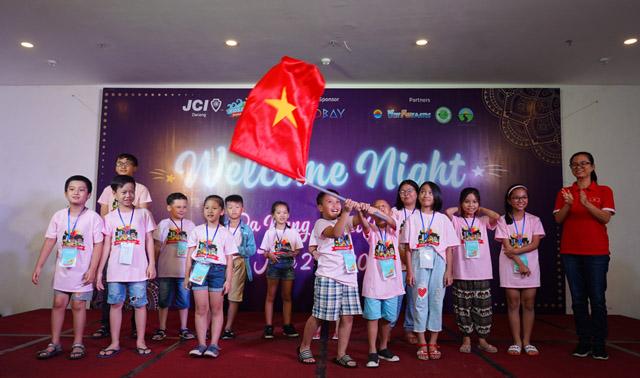 Háo hức Đêm khai mạc Trại hè quốc tế International Kidscamp tại Cocobay Đà Nẵng