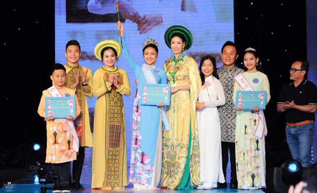 Nữ sinh 13 tuổi Vũ Trần Bảo Nguyên rạng rỡ đăng quang Gương mặt Đại sứ áo dài Việt Nam