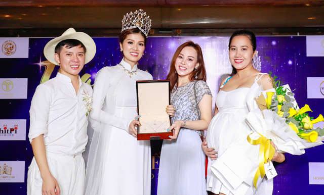 Hoa hậu Hồ Oanh Yến làm tiệc tri ân khi đăng quang nữ hoàng sắc đẹp thế giới - QUEEN OF BEAUTY WORLD 2019