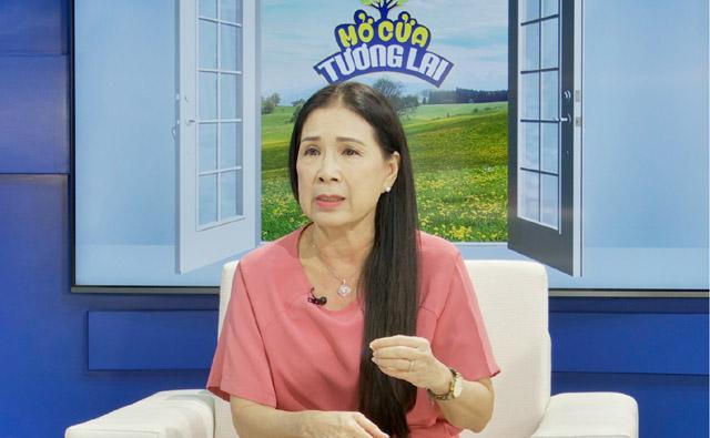 """NSƯT Kim Xuân xúc động khi là khách mời chương trình """"Mở Cửa Tương Lai"""""""