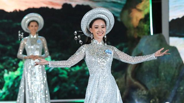 Thí sinh Miss World Việt Nam lộng lẫy trong BST Áo dài Sơn Trà của NTK Việt Hùng