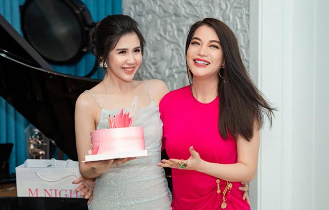 Trương Ngọc Ánh tổ chức sinh nhật cho Nữ hoàng đồ ngủ Phương Đài