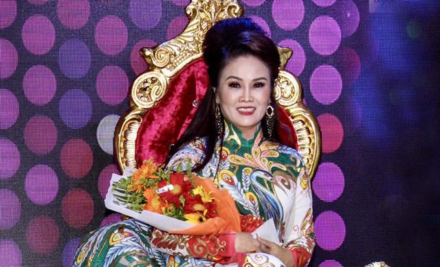 Người đẹp Ngân Trang đăng quang ngôi vị Nữ Hoàng cuộc thi Tứ Đại Doanh nhân Tài Sắc