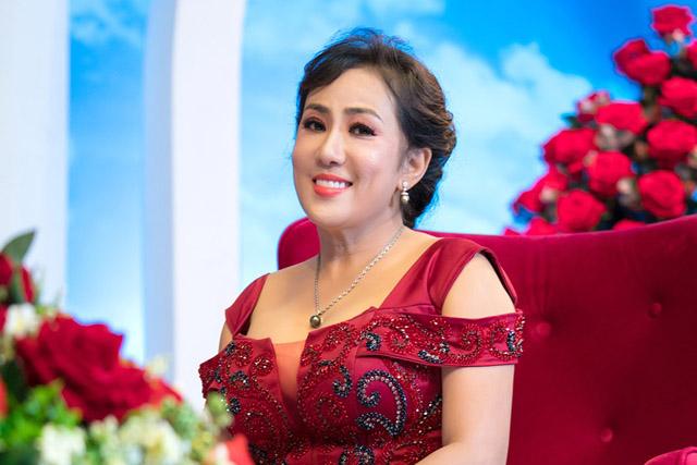 """""""Nữ hoàng mi giả Việt"""" gây dựng sự nghiệp đáng nể từ con số 0"""