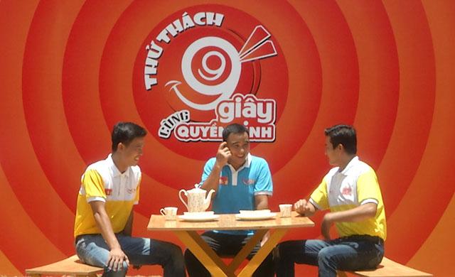 Huỳnh Thanh Tùng và Sỹ Toàn Thử thách 99 giây đón Trung thu cùng MC Quyền Linh