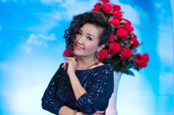 """""""Mẹ chồng quốc dân"""" Ngân Quỳnh từng phải hát vũ trường để nuôi niềm đam mê nghệ thuật"""