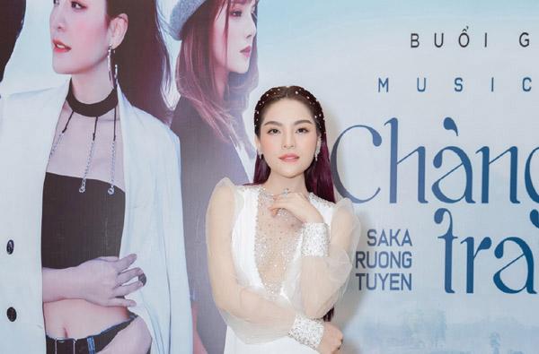 Saka Trương Tuyền lên tiếng nghi vấn hẹn hò ca sĩ Tim