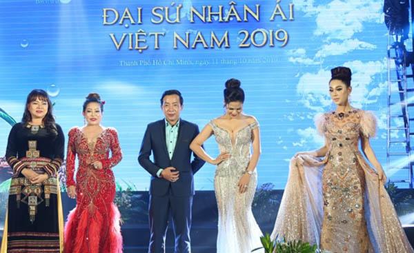 """""""Đại sứ nhân ái Việt Nam 2019"""" tôn vinh top 5 xuất sắc nhất"""