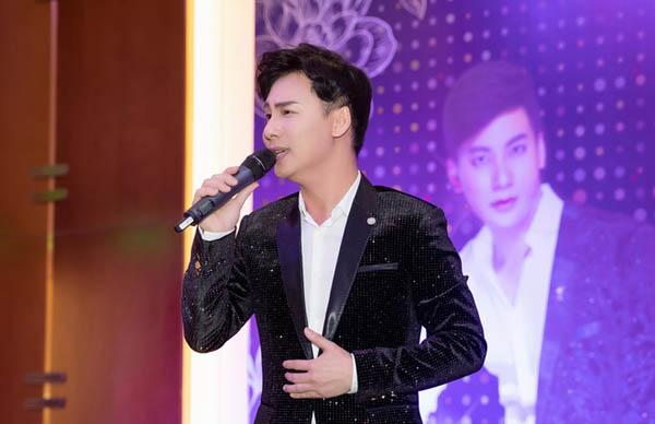 Ca sĩ Ngọc Châu ra mắt DVD Liveshow Tự Tình Bolero